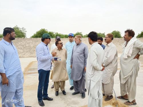 Field visit conducted  along with Deputy Director Umer Kot, Heis engineer PSIAC, FTI-MPK PSIAC at Agri farm of progressive farmer Mr. Mian Saleem to resolve the issues regarding water Storage construction with HEIS under SAIPEP.